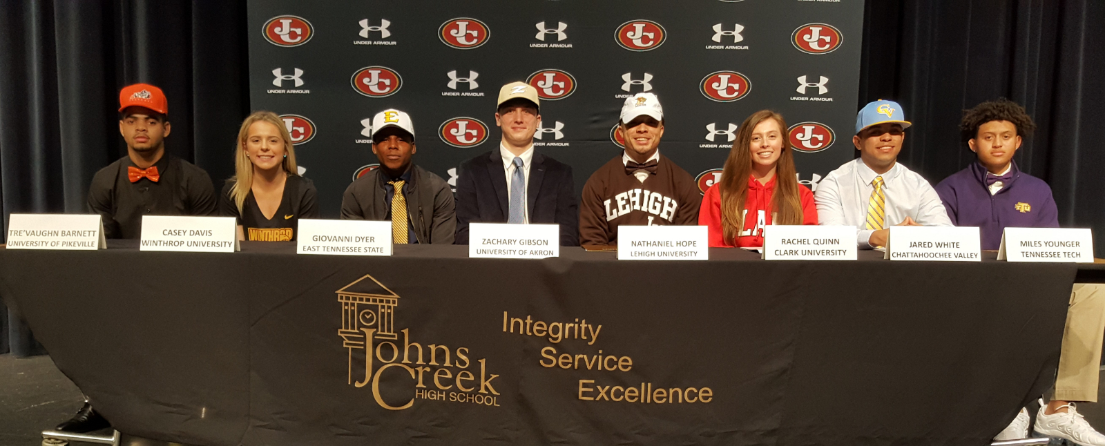 9 Gladiators sign to play college sports on National Signing Day