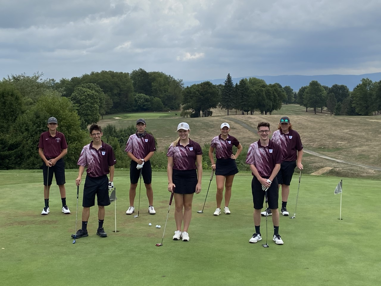 Celebrating Uniontown Golf Team's 2020 Undefeated Season!