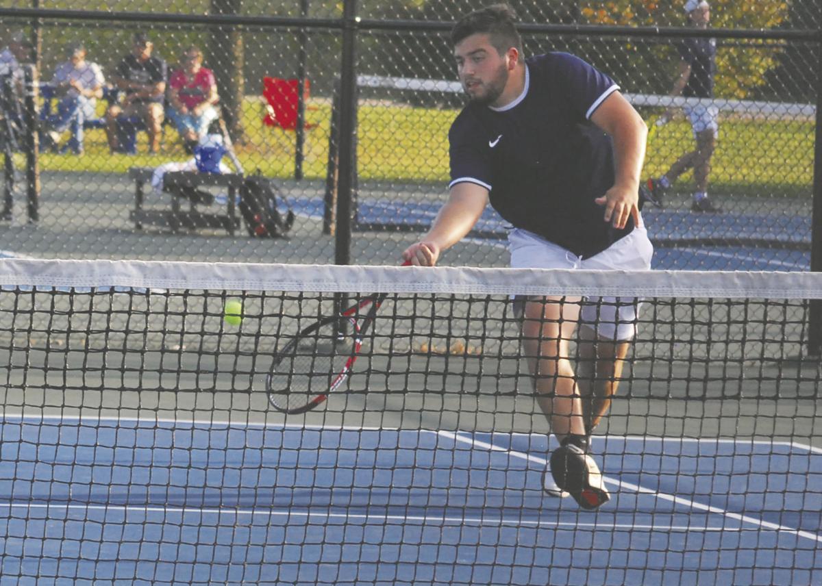 Meet Denton Otero – 2020 Mustang Girls' Tennis Manager