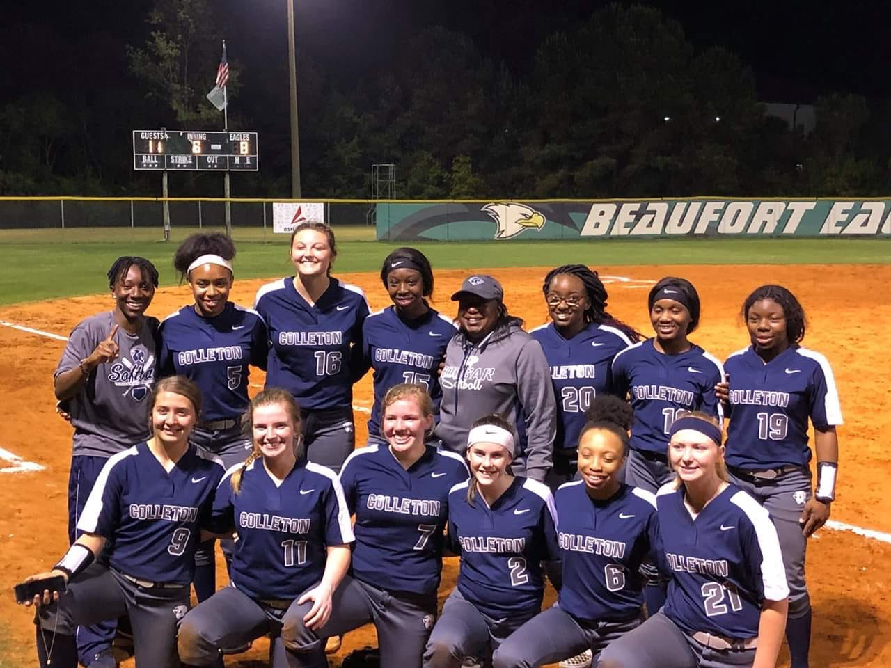 Lady Cougars Crowned Region Champs!