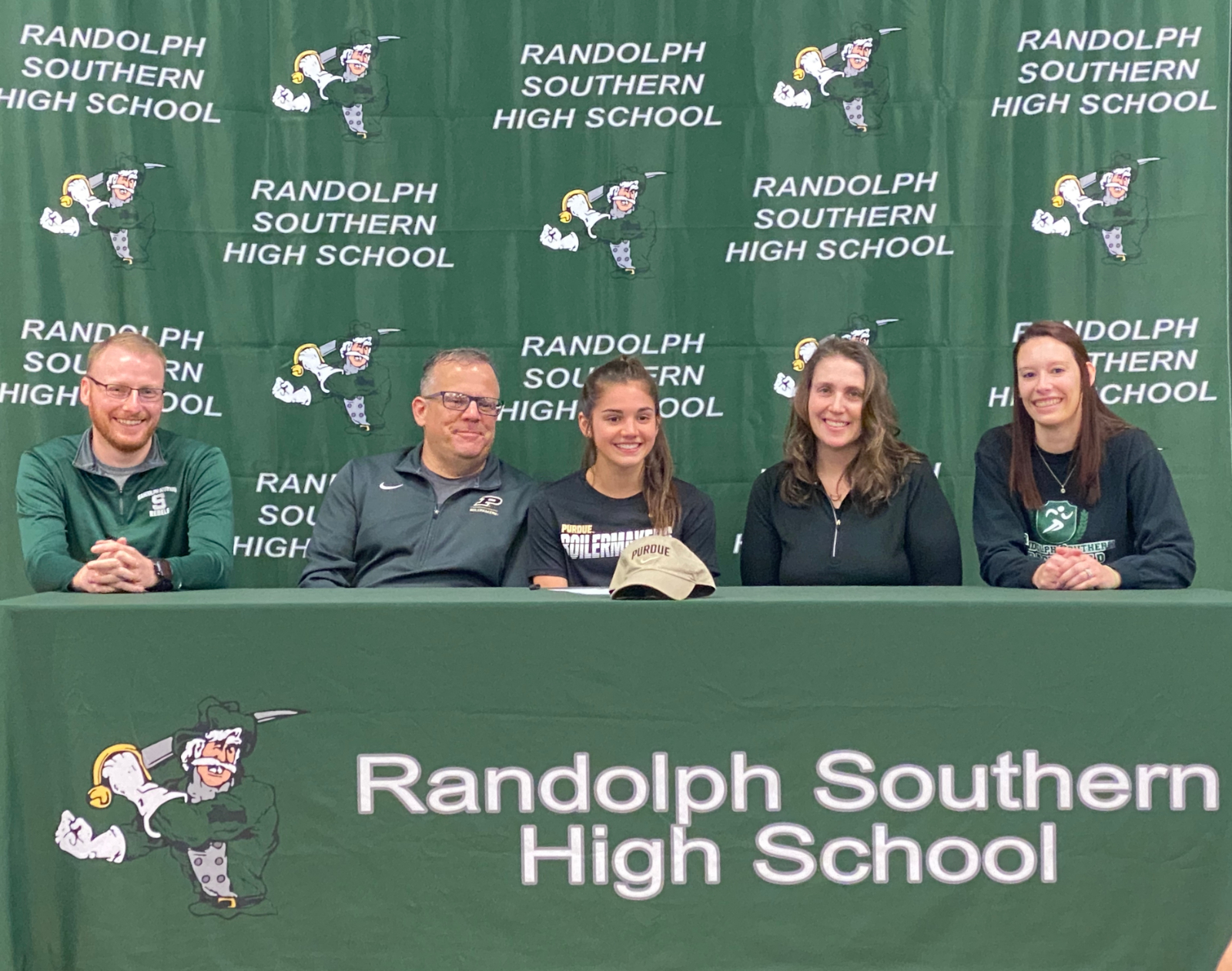 LEAH KEESLING SIGNS WITH PURDUE