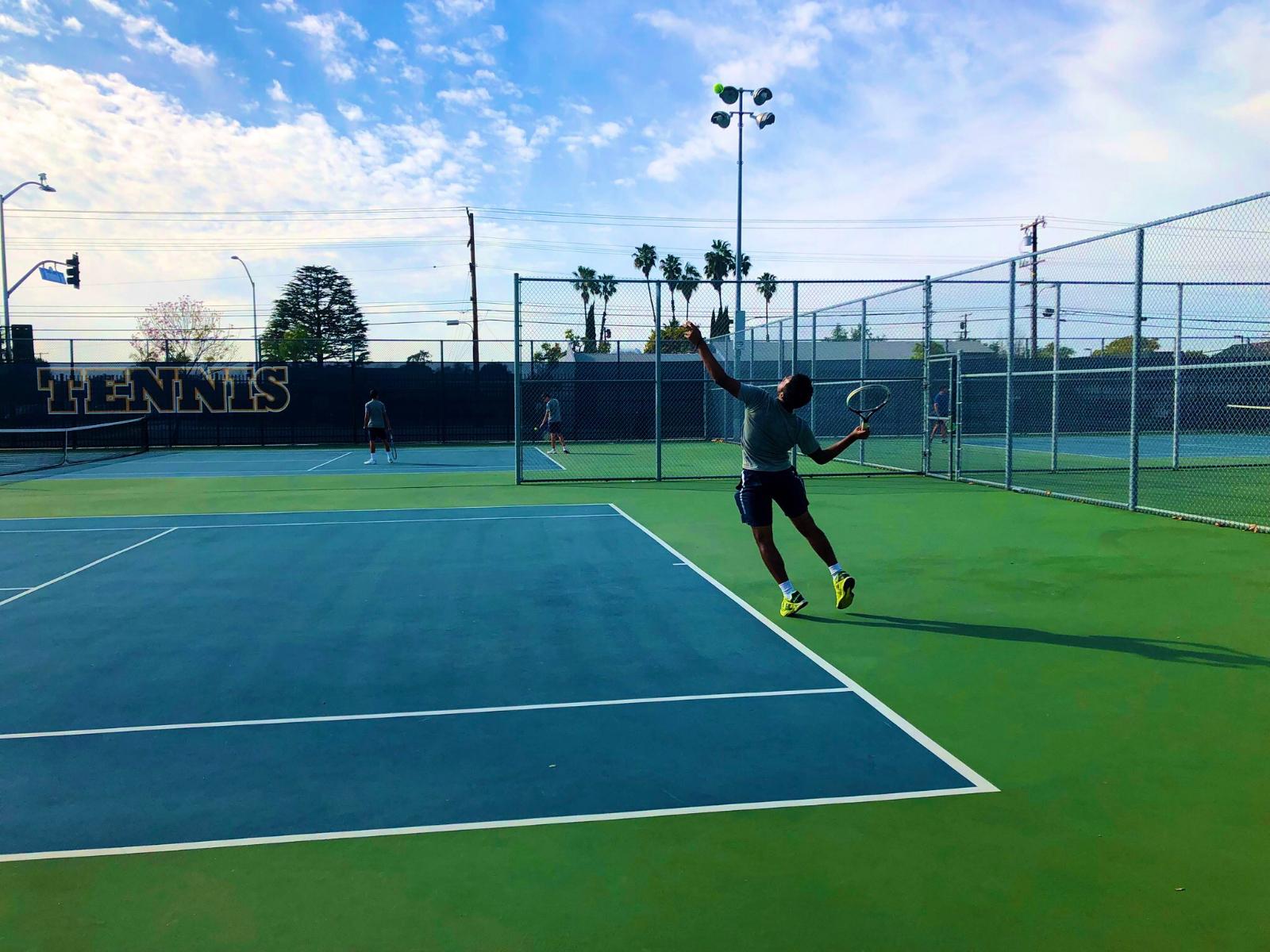 Warren Boys' Tennis Remain Undefeated in League