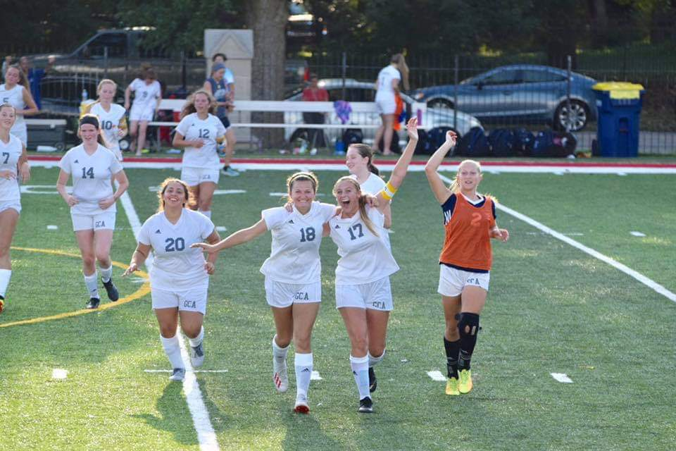 Girls Varsity Soccer Wins Season Opener Away at Shortridge