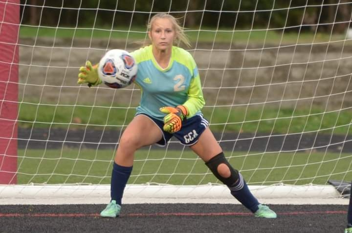 Junior Ellie Bigelow Ranks Amongst Top 5 in the Nation for Saves
