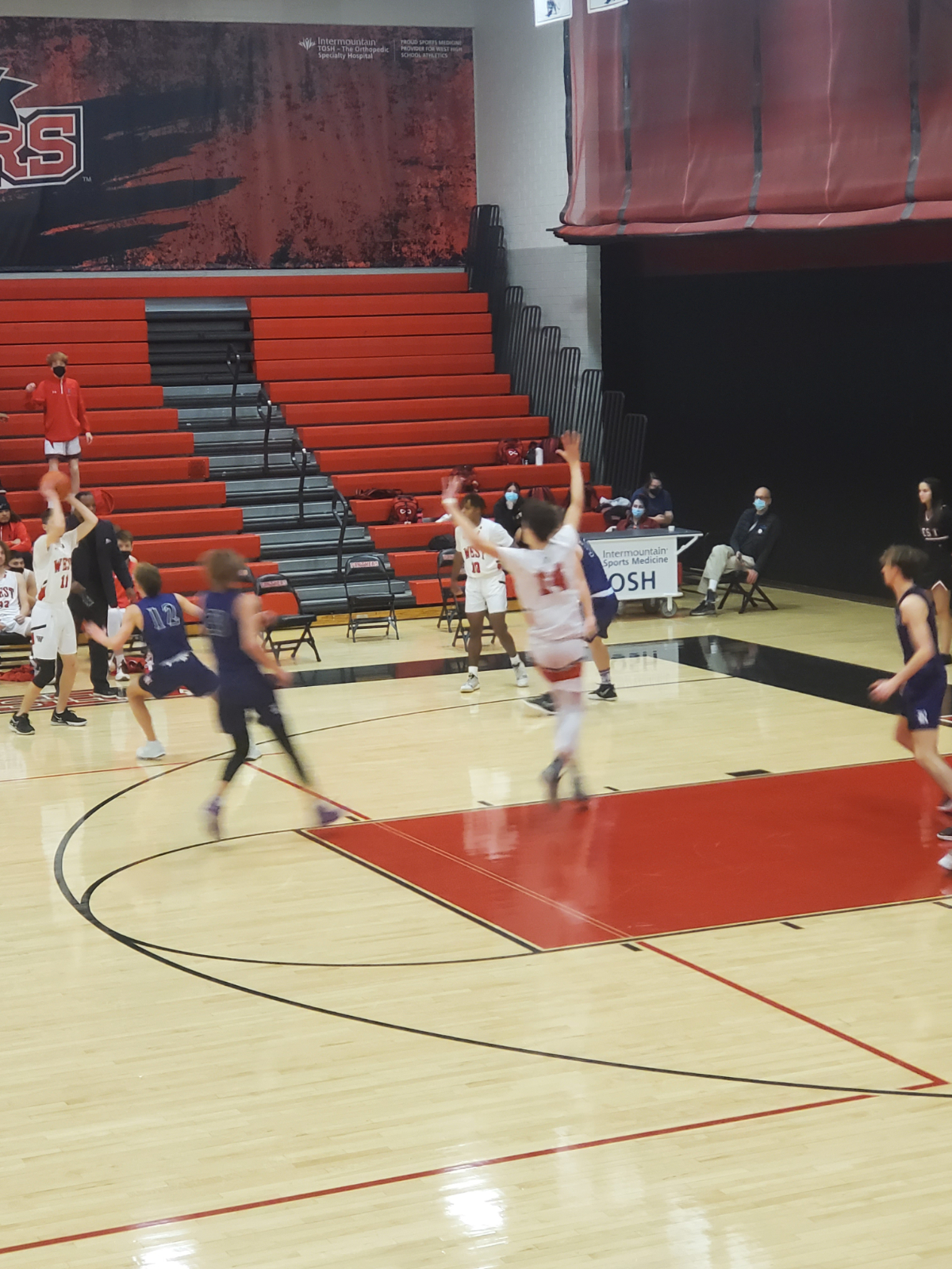 Boys Basketball vs Riverton