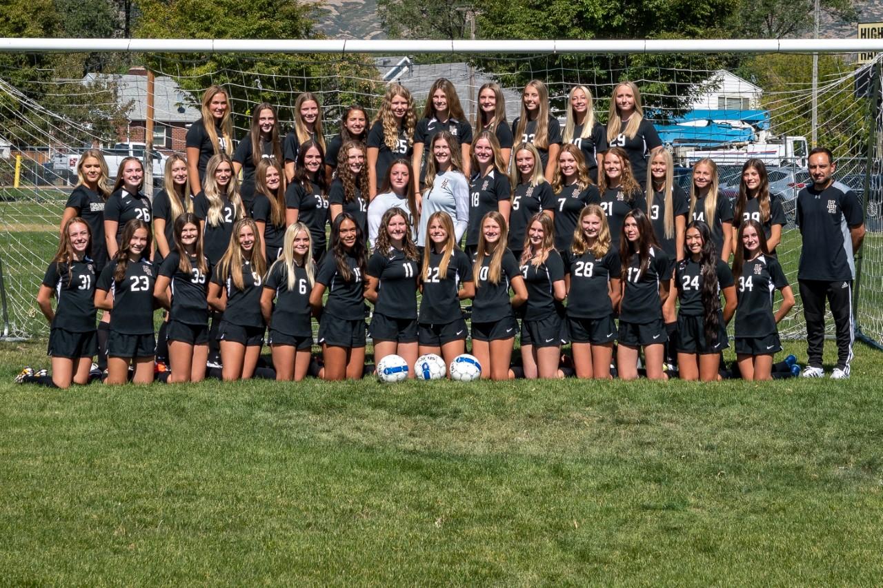 Girls Soccer Team 2020-2021