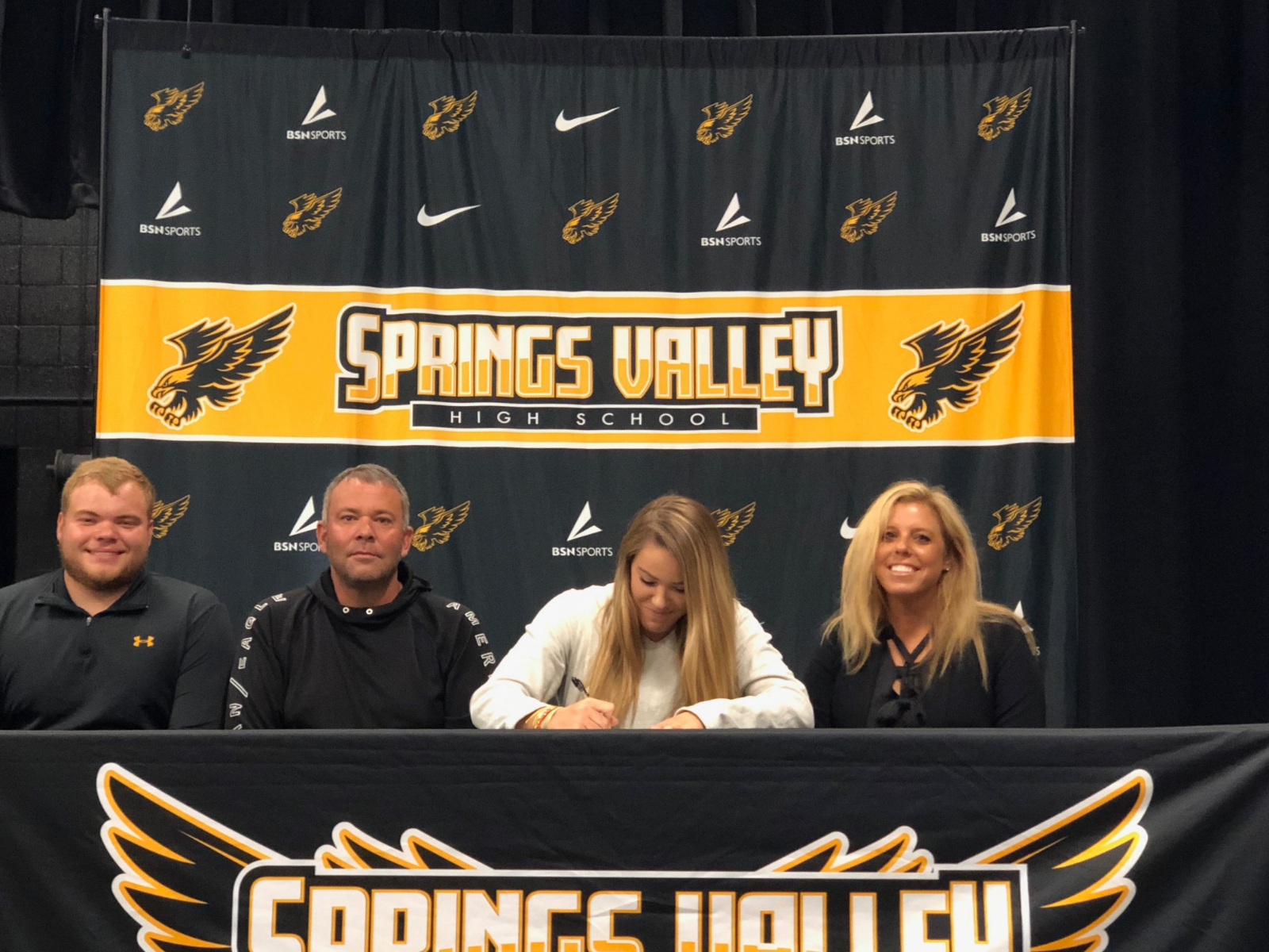 Congrats to Caitlyn Reynolds for signing with Emory University