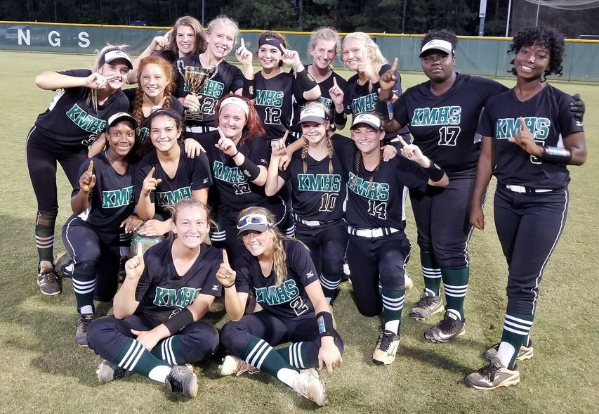 Softball Wins Back to Back Region Championships!