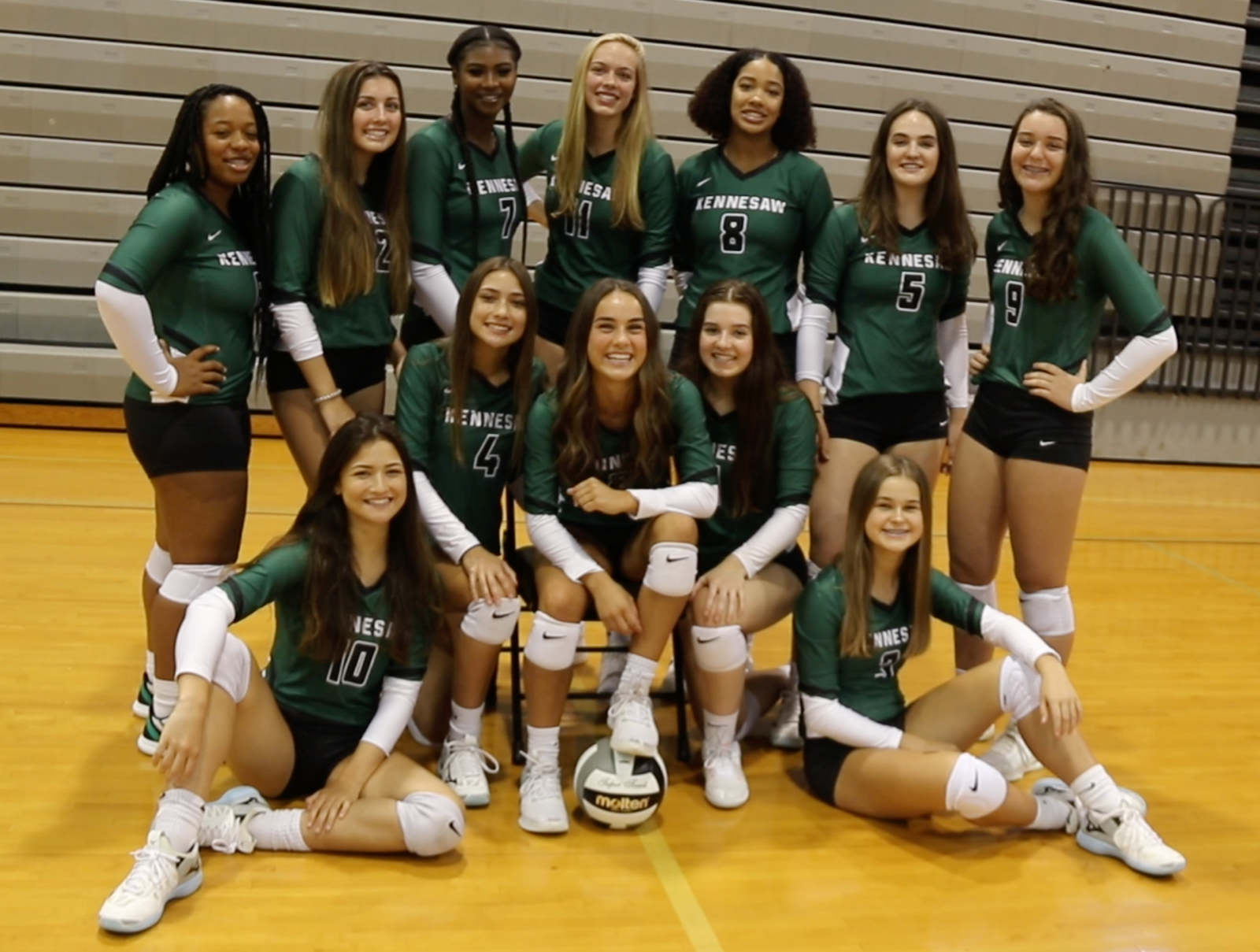 Lady Mustangs Volleyball defeat Riverwood Raiders Advance to Sweet 16!