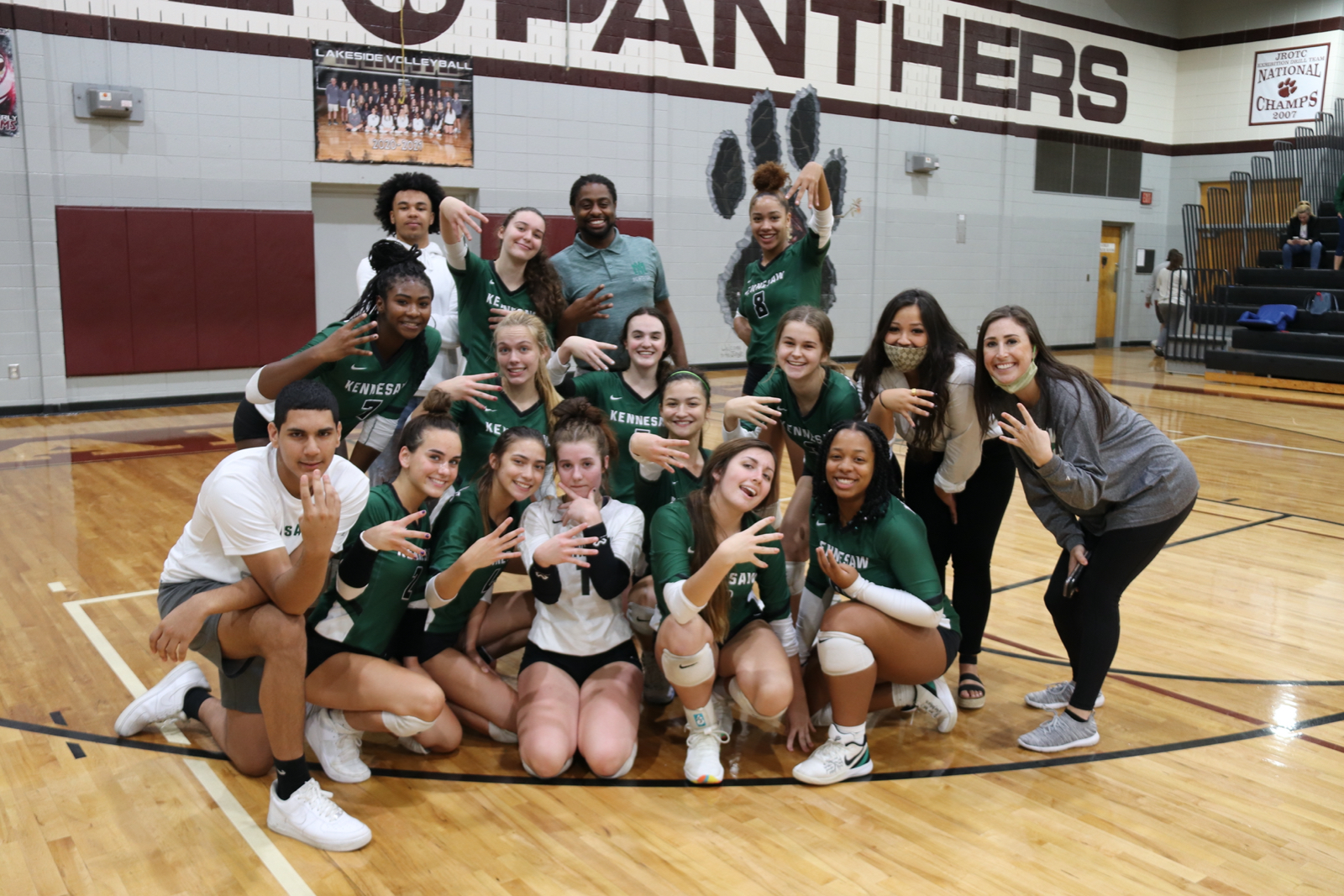 Lady Mustangs Volleyball Headed to State Final Four!