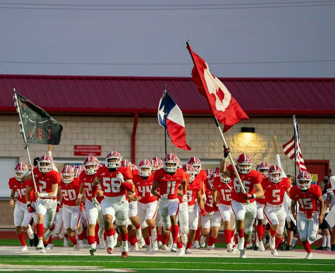 Jourdanton Indians Win Big over Poteet!!  45-21
