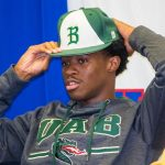 Heritage's Darryl Buggs signs NLI to UAB baseball; Cooley signs to Morris College