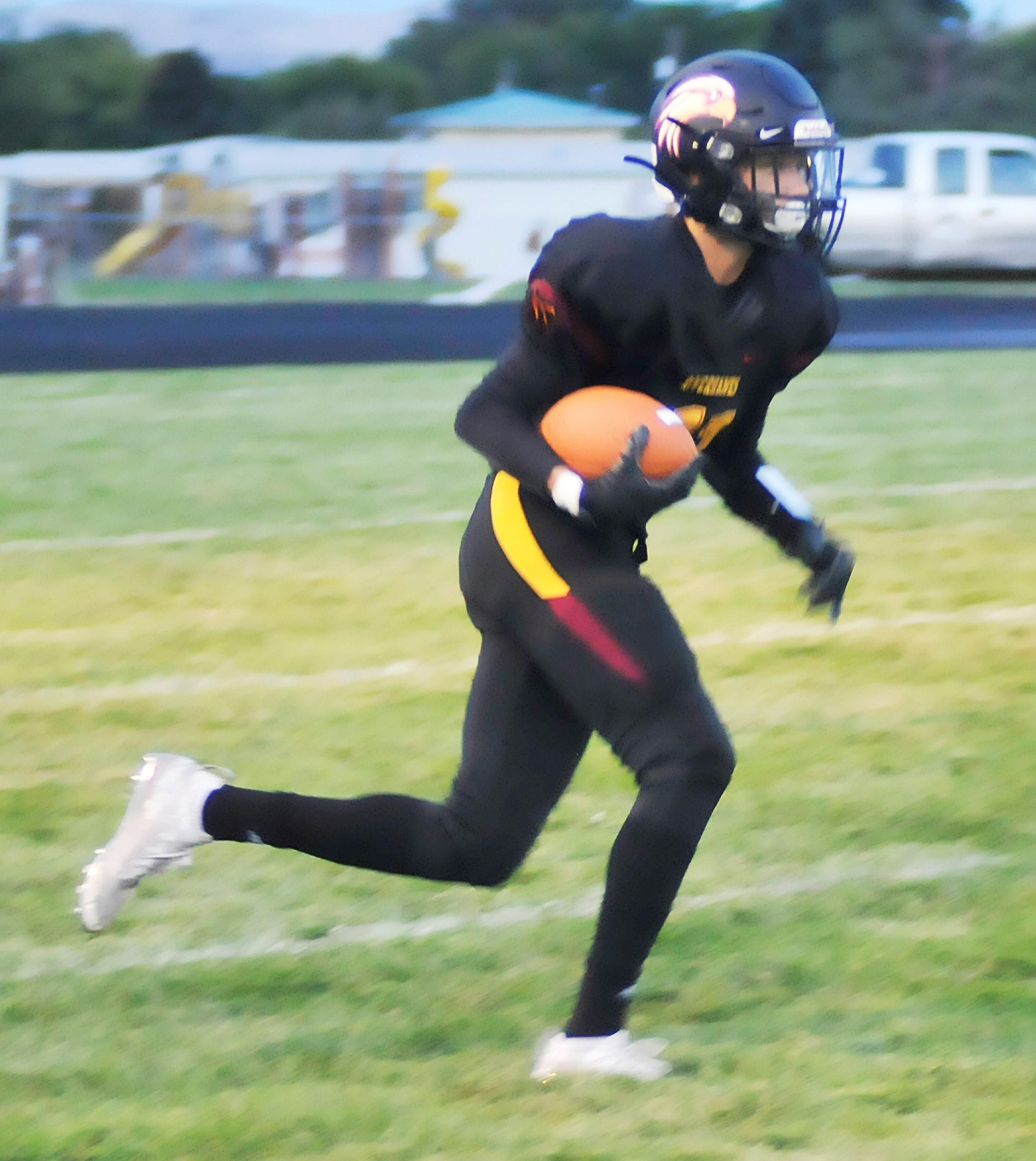 Varsity Football Defeated Woodburn 54-18