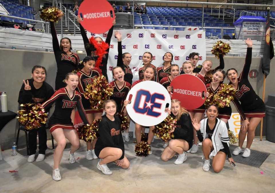 Riverhawk Cheer Team Places 2nd in OSAA State Finals