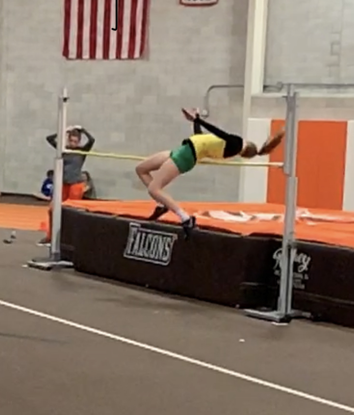 Indoor Track Competes at BGSU