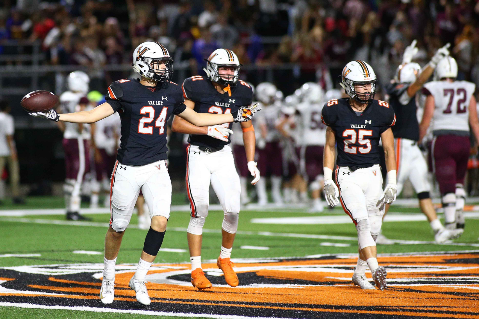 Second-Ranked Valley Beats No. 4 C.R. Kennedy