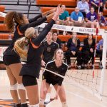 Varsity Volleyball beats Urbandale 3 – 0