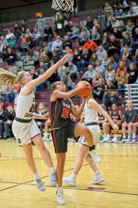 Valley-Dowling Girls Basketball 6