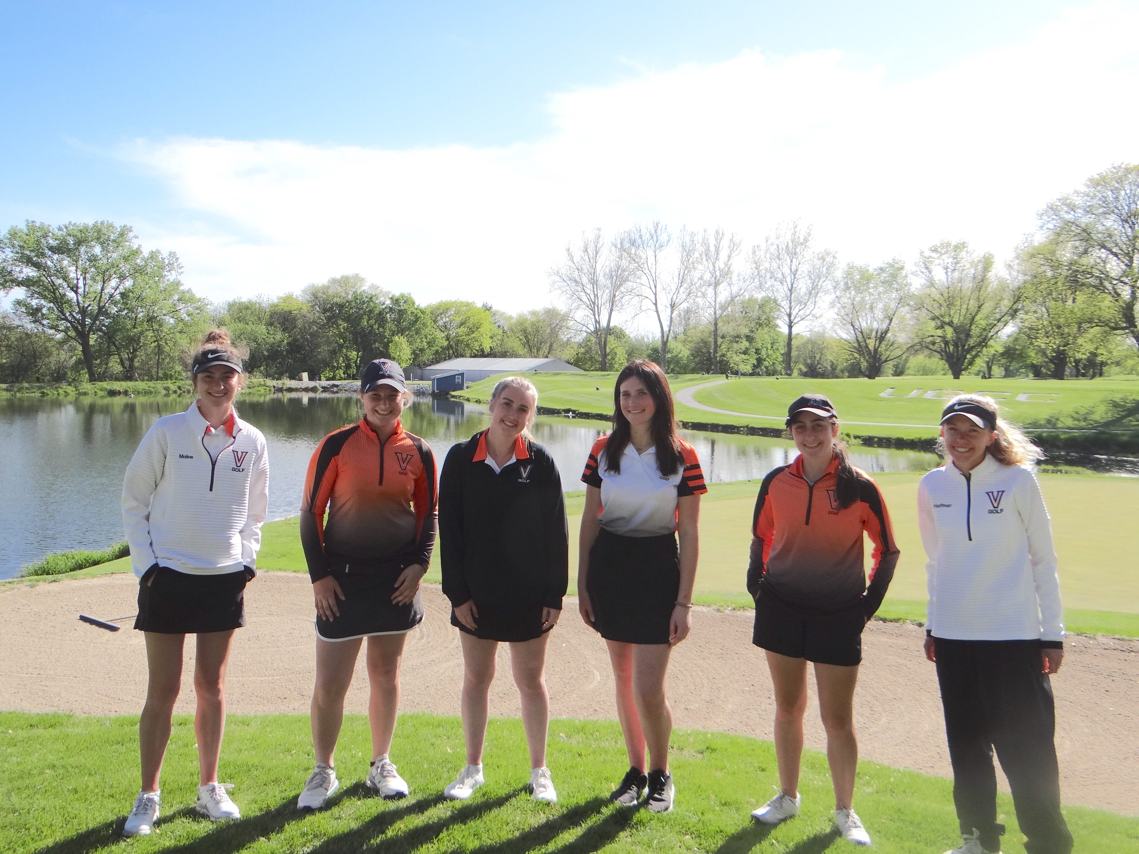 Girls' Golf Beats Urbandale 155-208