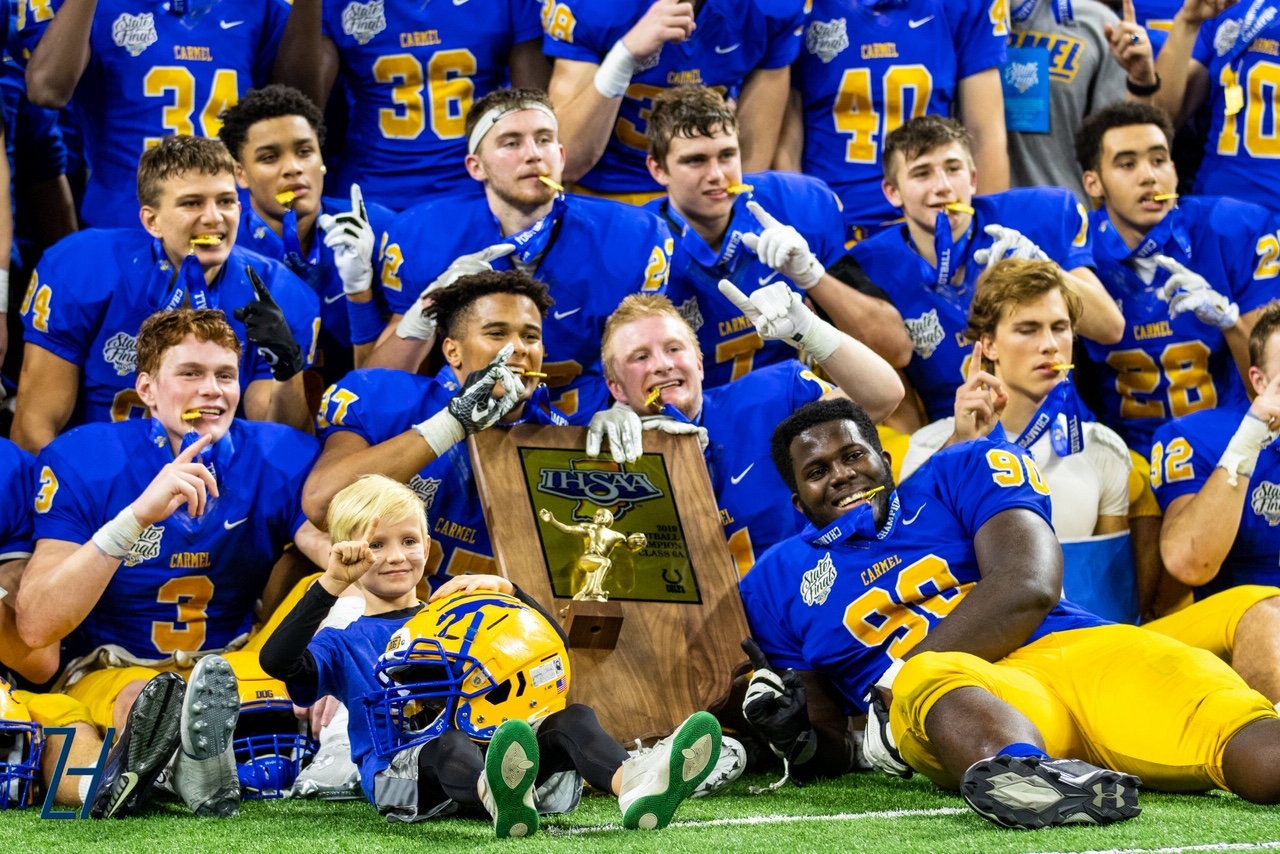 HOUNDS WIN STATE! 20-17 OVER CENTER GROVE!