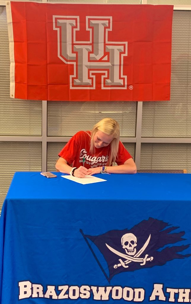 Maddie Bowers Signs with Houston Cougars