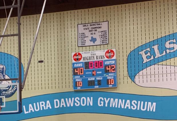 Lady Bucs Basketball Wins 42-40 vs Elsik