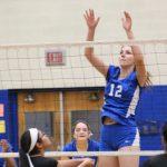Freshman Blue Volleyball Rolls Past University