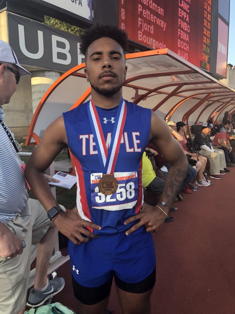 Temple's Johnson caps high school career with bronze in 400