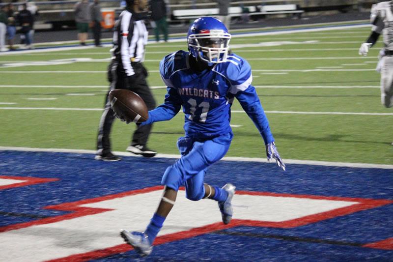 Freshman Blue Football defeats Ellison 42-0