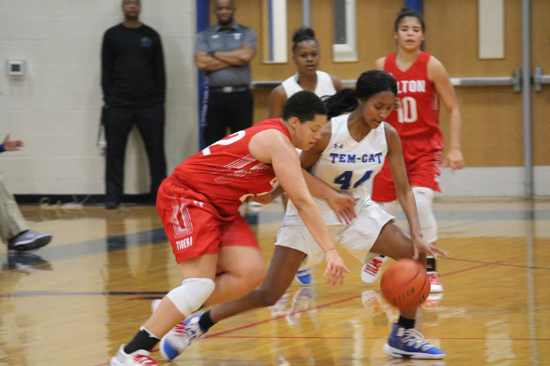 Lady Tigers limit Tem-Cats' offense in 41-34 victory