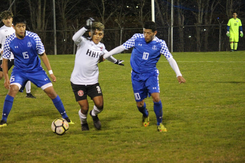 Wildcats, Knights play to draw, Knights win PK's