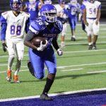 Freshman Blue Football defeats Cove 30-22