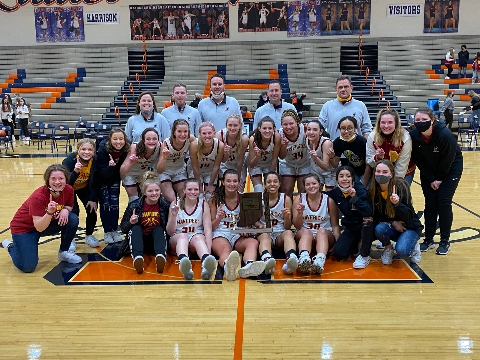 Lady Mavs Basketball Sectional Championship