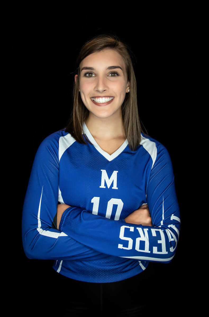 Alyssa Blessinger gives verbal commitment to Case Western Reserve University