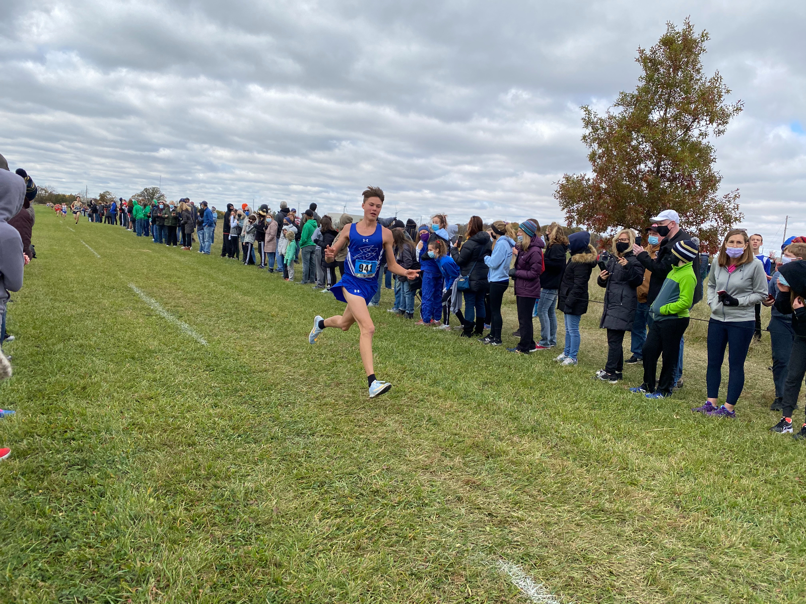 Dominic Schlueter and Lucien Flores Qualify for Regional Cross Country Race