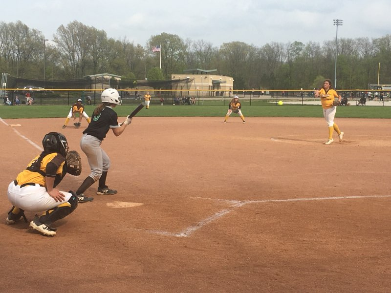 Lady Arc Softball Heading To Mentor Today In Sectional Clash v Cardinals