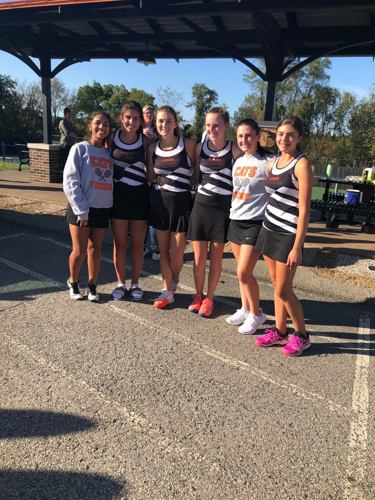 Girl's Tennis Routs Thomas Jefferson in the First Round of WPIAL Playoffs, 5-0