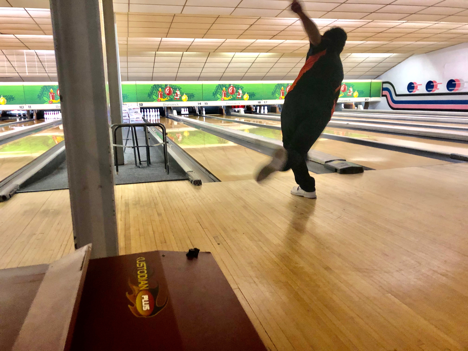 Boys Bowling Pushes Through at First Ever WPIBL Playoffs to Advance to Regional Play