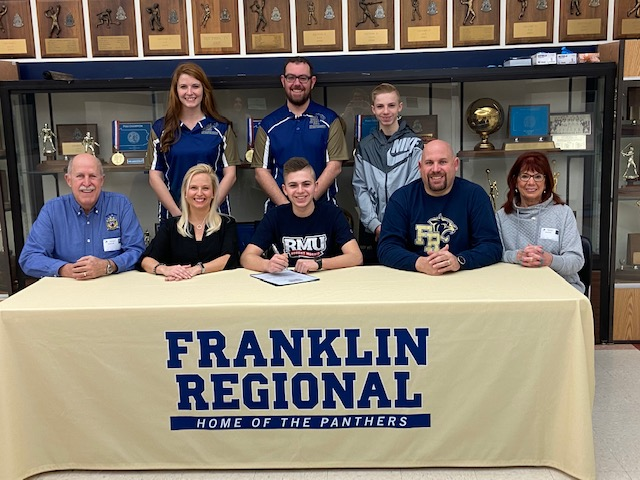 Alex Smith signs with Robert Morris University