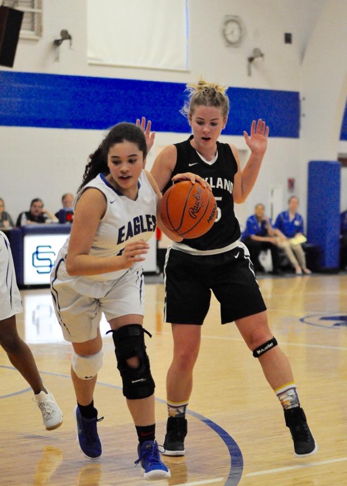Girls Varsity Basketball falls to Oakland Christian 44 – 36