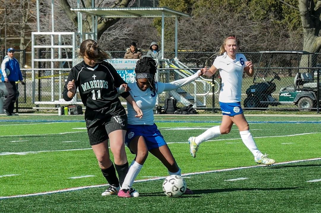 Girls Varsity Soccer beats Lutheran High School – Westland 4 – 0