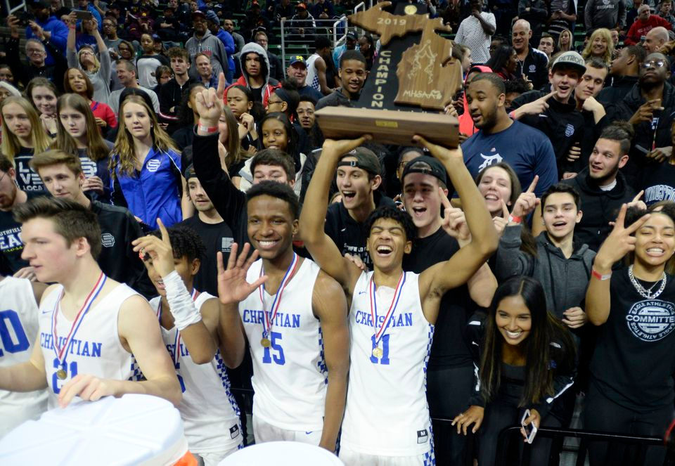 Basketball Wins Back-to-Back MHSAA State Championships