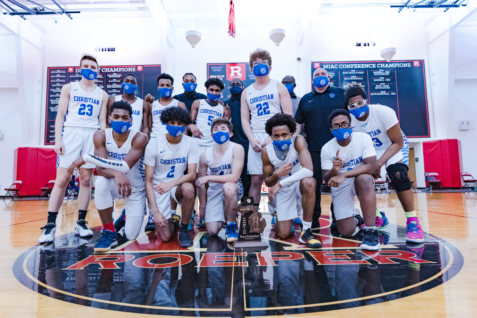 Boys Basketball District Pics Courtesy of D. Veldman