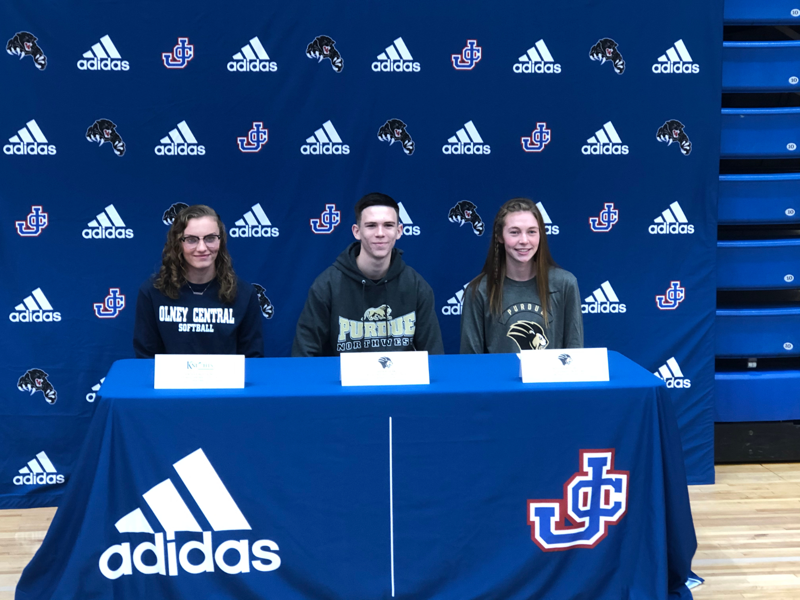 Byford, Leak, and Engelking sign to colleges