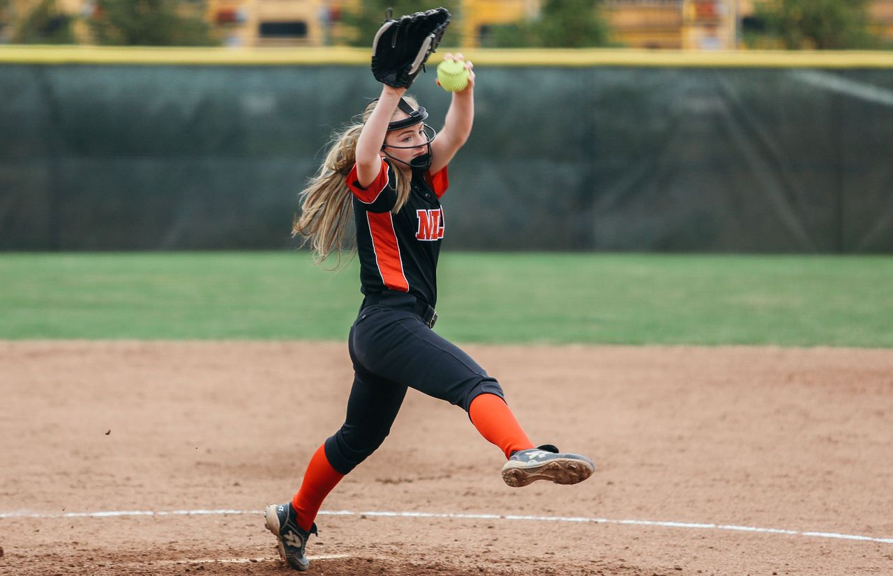 MLive/@GregWickliffe10: Milan's Emily Raubuch turned doubt into motivation to become Division I softball talent