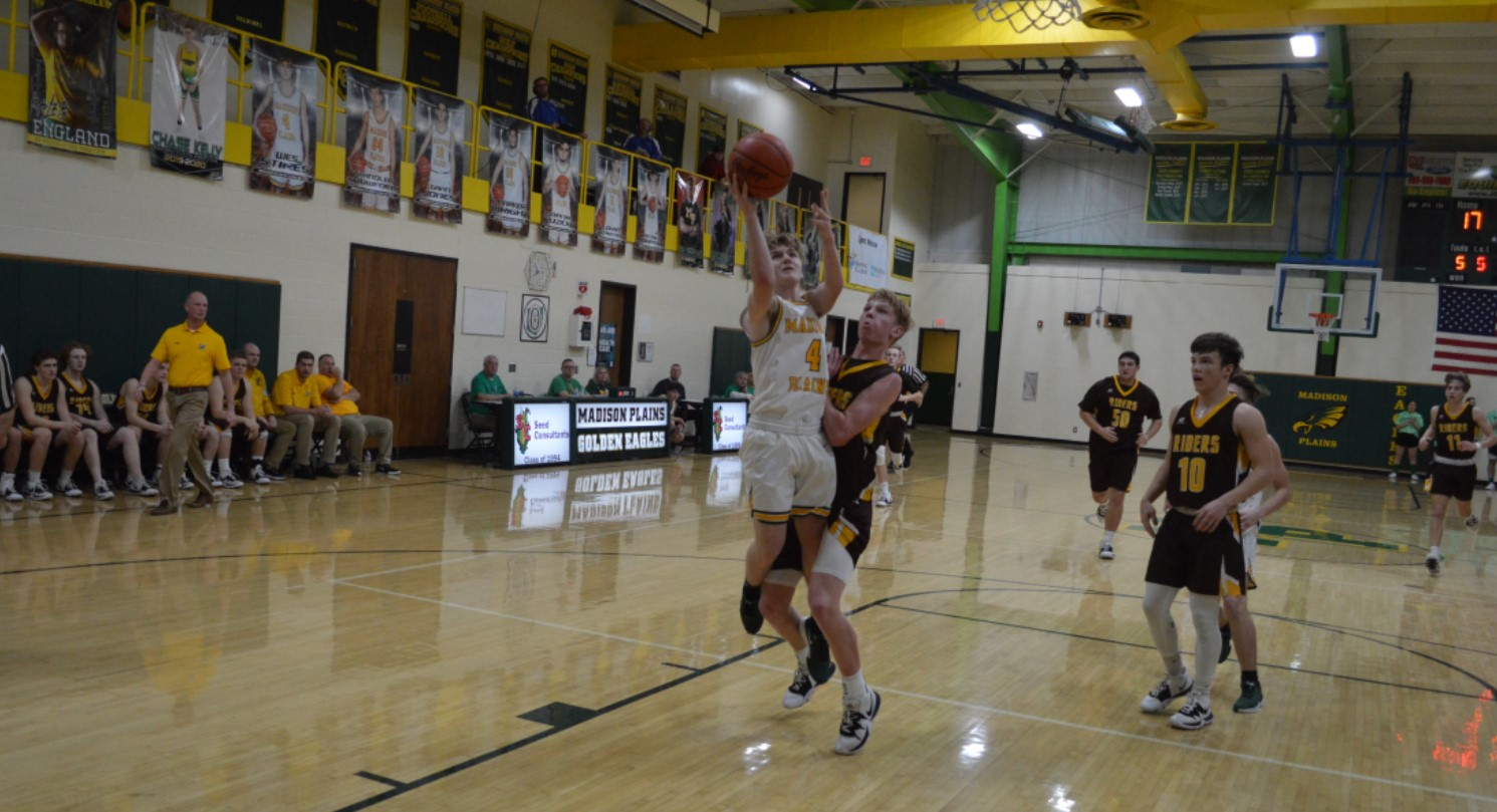 Golden Eagles hold off Roughriders Rally