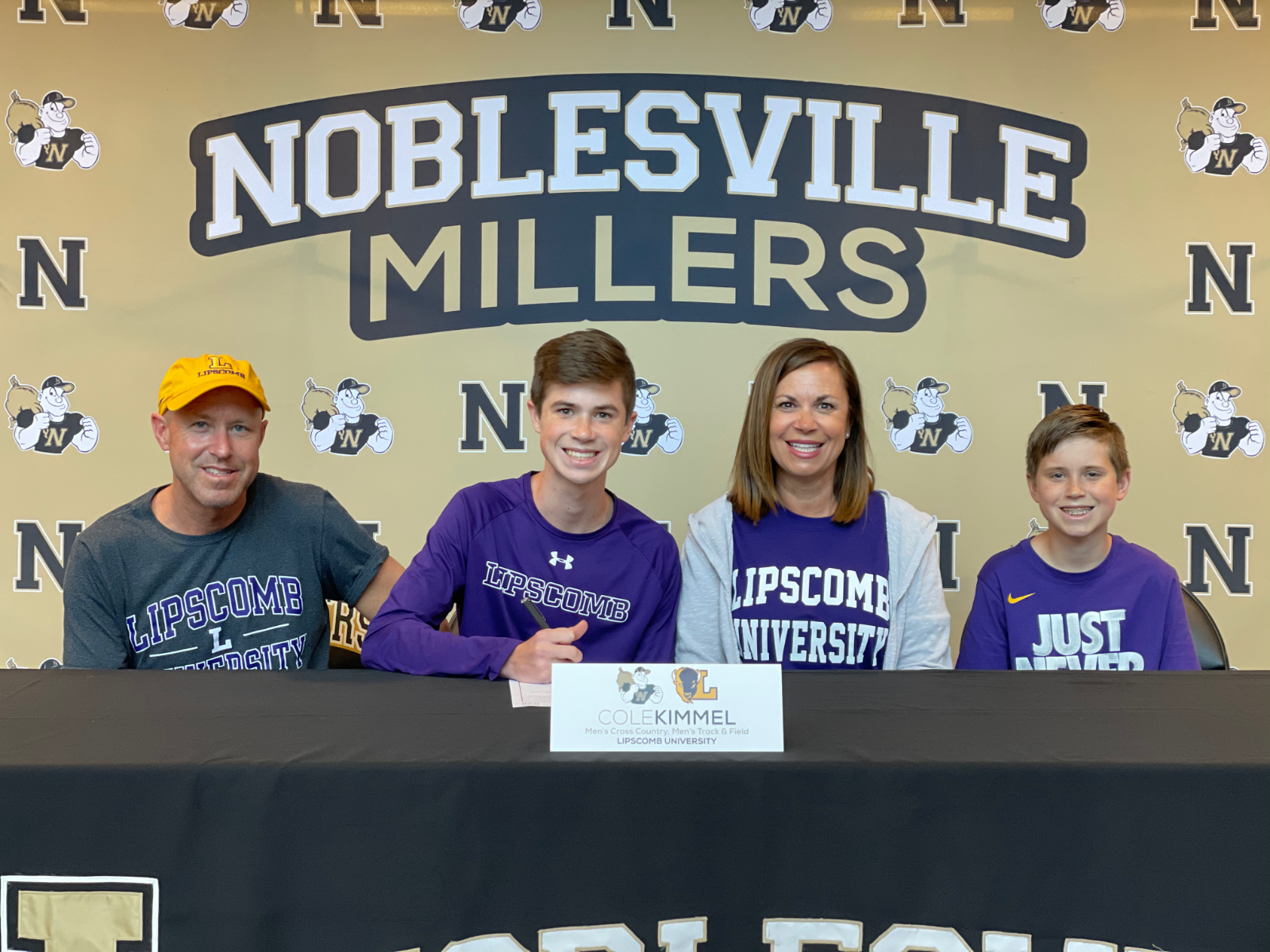 Cole Kimmel signs with Lipscomb University