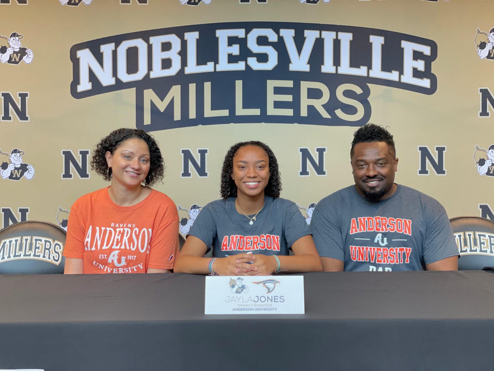 Jayla Jones signs with Anderson University