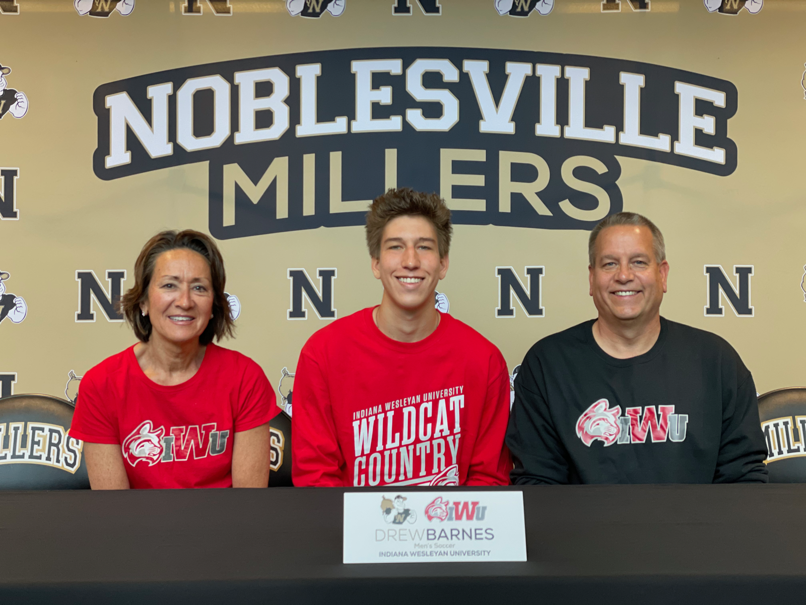 Drew Barnes signs with Indiana Wesleyan University