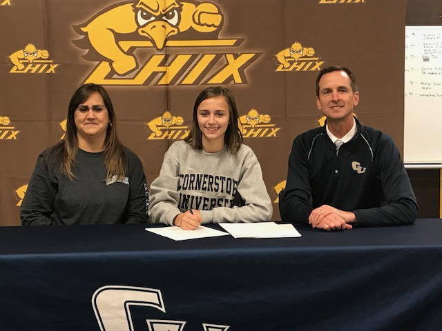 Elizabeth Klunder Signs with Cornerstone University!